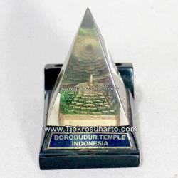 EMF 051 Tempat Pensil Borobudur
