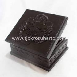 LPA 079 Box Nongko HB 22x18x10 cm WYM