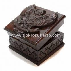 LPA 084 Box persegi Garuda 15 x 15 x 10 WYM