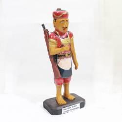 LCP 423 Patung Kayu Prajurit Nyutro bedil JKM