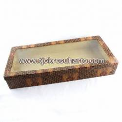 Kotak keris kertas batik plastik WHY
