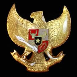 DAT 327 Bros Emas Garuda Risin 4 cm TNI