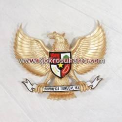 Fiber Garuda Kuningan Berwarna 50 cm SJD