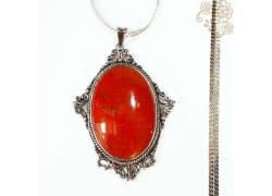 Perhiasan Kalung