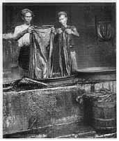 gambar batik cap proses cuci batik