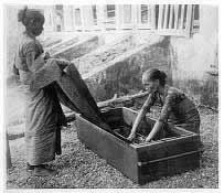 gambar proses batik cap nyoga